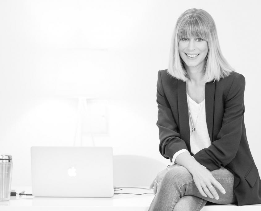 Jennifer Armstrong • Medienmanagerin & Texterin