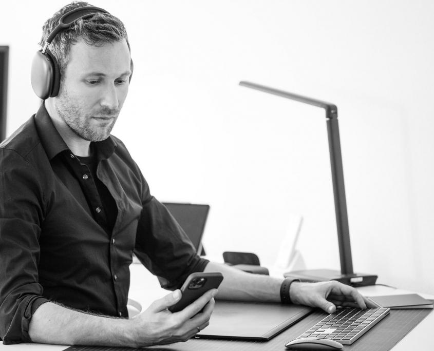 Marc Armstrong • Art Director & Grafikdesigner